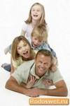 Крепкая и счастливая семья